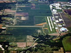 Aerial photo of KTAZ (Taylorville Municipal Airport)