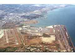 Aerial photo of KOAK (Metropolitan Oakland International Airport)