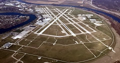 Aerial photo of KOMA (Eppley Airfield)