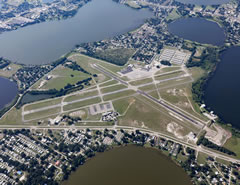 Aerial photo of KGIF (Winter Haven Regional Airport)
