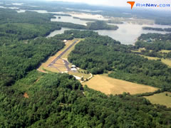 Aerial photo of W91 (Smith Mountain Lake Airport)