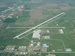 Aerial photo of KHON (Huron Regional Airport)