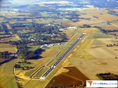 Aerial photo of 2I0 (Madisonville Regional Airport)