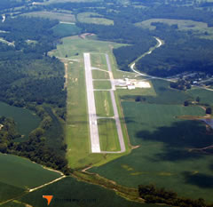 Aerial photo of 8M1 (Booneville/Baldwyn Airport)