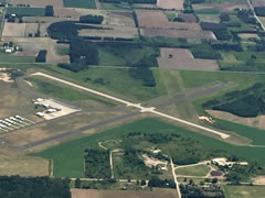 Aerial photo of KCLI (Clintonville Municipal Airport)