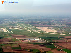 Aerial photo of KLNK (Lincoln Airport)