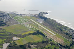 Aerial photo of KHAF (Half Moon Bay Airport)