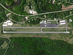 Aerial photo of KIWI (Wiscasset Airport)