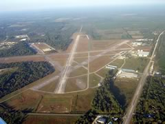 Aerial photo of 28J (Palatka Municipal Airport - Lt. Kay Larkin Field)