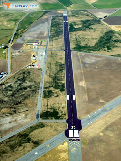 Aerial photo of KSIY (Siskiyou County Airport)
