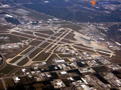 Aerial photo of KHOU (William P Hobby Airport)