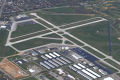 Aerial photo of KLOU (Bowman Field Airport)