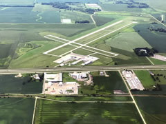 Aerial photo of KOWA (Owatonna Degner Regional Airport)