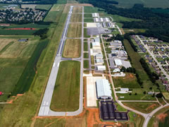 Aerial photo of KMDQ (Huntsville Executive Airport / Tom Sharp Jr Field)
