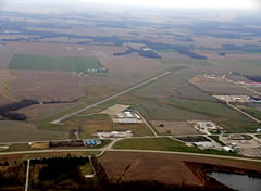 Aerial photo of KFOA (Flora Municipal Airport)
