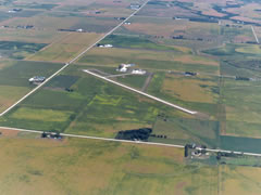 Aerial photo of KOLZ (Oelwein Municipal Airport)