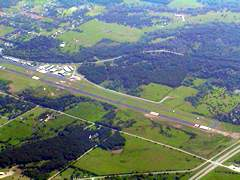 Aerial photo of 1F0 (Ardmore Downtown Executive Airport)