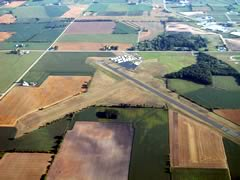 Aerial photo of 8D1 (New Holstein Municipal Airport)