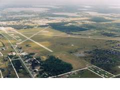 Aerial photo of KAVO (Avon Park Executive Airport)