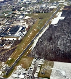 Aerial photo of 8G1 (Willard Airport)