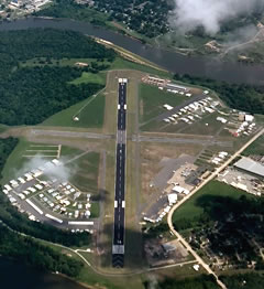 Aerial photo of KDTN (Shreveport Downtown Airport)