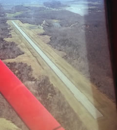 Aerial photo of 1M9 (Lake Barkley State Park Airport)