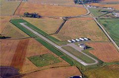 Aerial photo of KACQ (Waseca Municipal Airport)