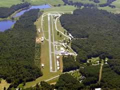 Aerial photo of W90 (New London Airport)