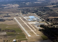 Aerial photo of D95 (Dupont-Lapeer Airport)