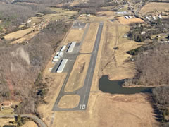Aerial photo of KFRR (Front Royal-Warren County Airport)