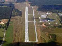 Aerial photo of KPIB (Hattiesburg-Laurel Regional Airport)