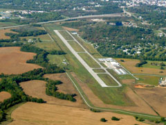 Aerial photo of KHVC (Hopkinsville-Christian County Airport)
