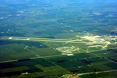 Aerial photo of KGUS (Grissom Air Reserve Base)