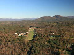Aerial photo of 0GE5 (Mountain Airpark)