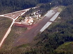 Aerial photo of 8S3 (Santiam Junction State Airport)