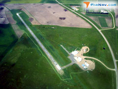 Aerial photo of 9D0 (Highmore Municipal Airport)