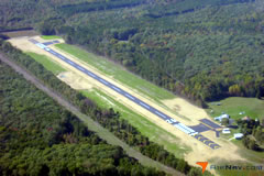 Aerial photo of 7W4 (Lake Anna Airport)